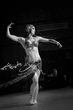 Zoe Jakes - Stunning photo of a gorgeous dancer dripping with assiut. http://www.beatsantique.com/ba_profile/zoe-jakes/