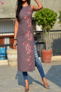 Buy Mauve Pure Linen Patch Work Kurti Online in India Stylish Kurtis Design, Stylish Dress Designs, Kurta Designs, Saree Blouse Designs, Dress Indian Style, Indian Outfits, Indian Designer Suits, Dresses With Leggings, Dress Collection