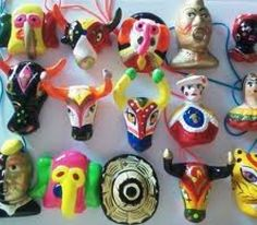 MASCARAS DEL CARNAVAL DE BARRANQUILLA, artesanias colombianas Colombia South America, Latin America, Colombian Art, Spanish Art, Handmade Crafts, Art Projects, Arts And Crafts, Clay, Candles
