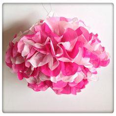 Para alegrar o espaço decorar e dar um rasgo de cor temos o nosso PomPom todo fofinho!  #Party #partykit #color #babyshower #girl