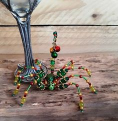 Beaded Spiders, Beaded Animals, Scorpion, Jewelry Ideas, Dream Catcher, Turquoise Necklace, Insects, Beading, Diy
