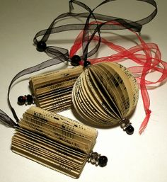group music necklaces by effemera, via Flickr