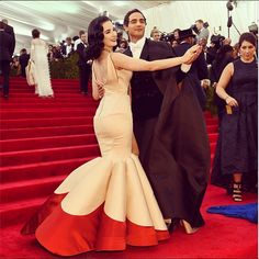 Puffy Prom Dresses, Mermaid Prom Dresses, Strapless Dress Formal, Formal Gowns, Zac Posen, Dita Von Teese Show, Met Gala Outfits, Met Gala Red Carpet, Dress Tutorials