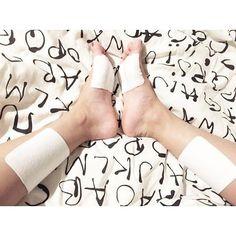 湿布ダイエットは足裏のある場所にサロンパス湿布を貼る貼り方で1週間5キロ部分やせした効果があったとの口コミ情報…