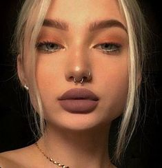 Nose piercings nose and septum piercing, septum piercing flip. - Nose piercings nose and septum piercing, septum piercing flipped up, septum pier - Septum Piercings, Percing Septum, Piercing Nostril, Small Nose Piercing, Nose Piercing Tips, Piercing Snug, Spiderbite Piercings, Septum Piercing Jewelry, Piercing Tattoo