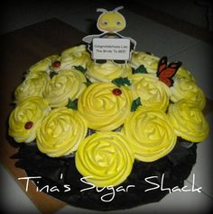 Bumble bee cupcake bouquet