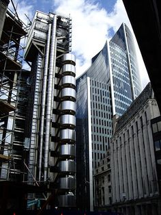 Lloyd's & Willis Building from Lime Street, London.