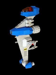 Classic Space Vertical Fighter   by legodrome