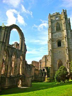 Fountains Abbey, Ripon, England