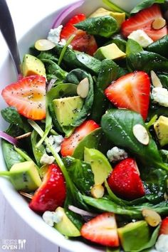Avocado strawberry spinach salad with poppyseed dressing http://www.gimmesomeoven.com/page/5/