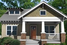 Craftsman Style House Plan - 3 Beds 2.5 Baths 1584 Sq/Ft Plan #461-6 Exterior - Front Elevation - Houseplans.com