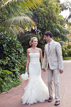 Photography: Heather Kincaid Photography - heatherkincaid.com Coordination: Mindy Weiss Party Consultants - mindyweiss.com  Read More: http://www.stylemepretty.com/2011/11/30/santa-barbara-wedding-by-heather-kincaid/
