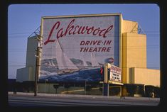 Lakewood Drive-In Theater, Carson Street, Lakewood, California (LOC) Lakewood California, Vintage California, Vintage Tin Signs, Vintage Wall Art, Drive In Movie Theater, Roadside Attractions, Old Signs, Library Of Congress, Old Tv