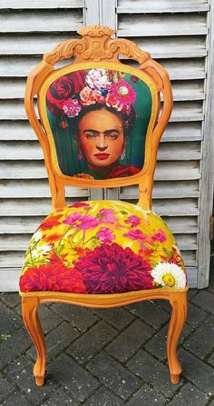 Thank you for looking at my beautiful Frida Kahlo chair. This is probably the best chair I Funky Furniture, Art Furniture, Furniture Makeover, Painted Furniture, Dresser Makeovers, Funky Chairs, Cool Chairs, Annie Sloan Furniture, Paint Your House