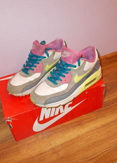Kup mój przedmiot na #vintedpl http://www.vinted.pl/damskie-obuwie/trening-silownia/15920394-neon-nike-air-max-90-roz385