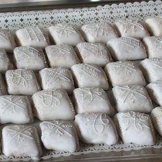 Mustazzolus, dolci tipici sardi. SardinianStore.com