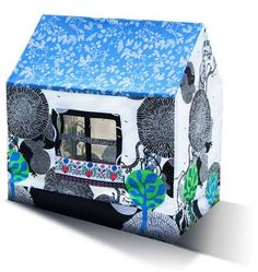 New playhouse by MuaMua Design (blogged)