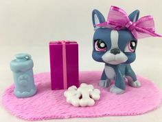 Littlest Pet Shop Cute Blue Boston Terrier #1025 w/Pink Eyes & Accessories #Hasbro