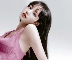 Kim Jennie, South Korean Girls, Korean Girl Groups, Yg Entertainment, Blackpink Icons, Lisa Blackpink Wallpaper, Liz Lisa, Black Pink Kpop, Blackpink Photos