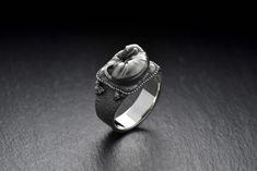 Dachshund ring Dachshund dog Dachshund jewelry Silver | Etsy Gothic Jewelry, Silver Jewelry, Silver Rings, Dog Jewelry, Animal Jewelry, Cat Ring, Silver Cat, Halloween Jewelry, Knot Necklace