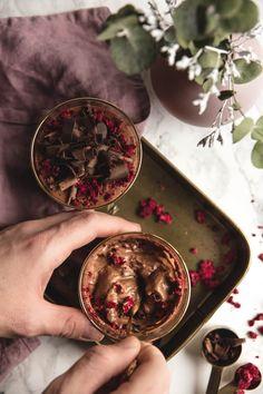 Valentínska čokoládová pena s chilli   The Story of a Cake