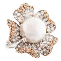 Exquisite Pearl Diamond Gold Ring 1