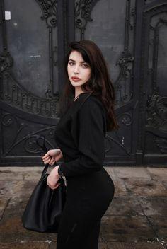 Beauty is Art - PIN Blogger
