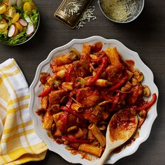 This chicken and peppers recipe by RAGÚ® is perfectly seasoned for bursts of delicious flavor that will be a hit at your family dinner. Pasta Sauce Recipes, Chicken Recipes, Vegan Spaghetti Squash, Ragu Recipe, Pasta Dinners, Cooking Recipes, Healthy Recipes, Chicken Seasoning, Great Recipes