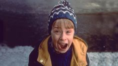 PHOTO: Macauley Culkin in Home Alone 2
