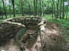 The bunker. - would be so cool in a designated air soft spot. Maybe not so deep. Survival Weapons, Survival Shelter, Wilderness Survival, Survival Skills, Airsoft Field, Paintball Field, Airsoft Gear, Paintball Gear, Shooting Range