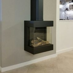 Een kleine sfeerproever Fireplace Tv Wall, Modern Fireplace, Workspace Desk, Happy House, New Homes, Living Room, Interior Design, Architecture, Stoves