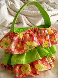 Download Free! Mini Ruffle Purse Sewing Pattern | Free Pattern Club Free Sewing Patterns | YouCanMakeThis.com
