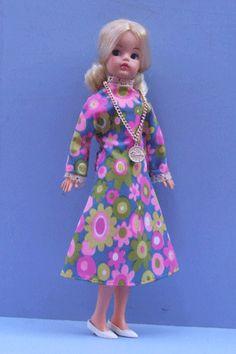 Sindy 1972 Sindy Doll, Barbie, Velvet Suit, Fur Wrap, School Dresses, Night Outfits, 2000s, Vintage Dolls, Wool Coat