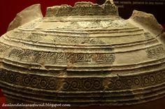 Tinaja estampillada almohade. Siglo XX-XIII. Museo Arqueológico de Silves. Detalle de gran cántaro de agua con estampillado de época almohade