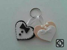 Craft Wedding, Wedding Favours, Diy Wedding, Wedding Decorations, Wedding Day, Foam Crafts, Diy And Crafts, Wedding Cards Handmade, Clay Miniatures