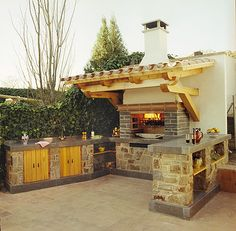 Relaxing Outdoor Kitchen Ideas for Happy Cooking & Lively Party Outdoor Kitchen Plans, Backyard Kitchen, Summer Kitchen, Outdoor Cooking, Outdoor Dining, Outdoor Spaces, Outdoor Decor, Parrilla Exterior, Backyard Lighting