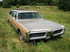 Old American Cars, American Classic Cars, Supercars, Station Wagon Cars, Plymouth Muscle Cars, Plymouth Valiant, Us Cars, Mopar, Motor Car