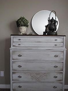 Distressed dresser. Tutorial.