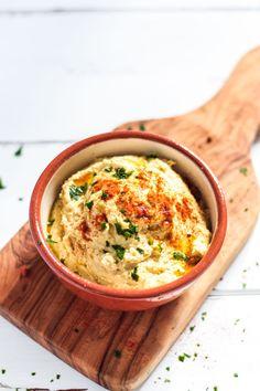 Leckeres und einfaches Hummus Rezept. Klassisches Hummus Rezept, vegan und glutenfrei.