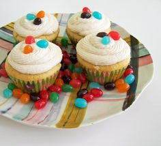 Being a lover of Jelly Beans, I had to pin this recipe for Jelly Bean Cupcakes