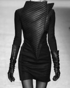 Sculptural Fashion with strong lines & shapes; bold fashion construction // Gareth Pugh by adriana Dark Fashion, Leather Fashion, High Fashion, Womens Fashion, Bold Fashion, Space Fashion, Steampunk Fashion, Gothic Fashion, Looks Style