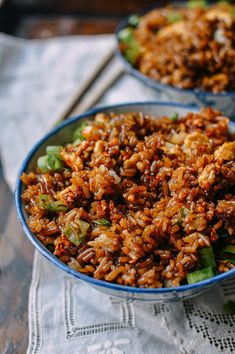Recipe House — (via King Soy Sauce Fried Rice - The Woks of Life) Rice Recipes, Asian Recipes, Cooking Recipes, Ethnic Recipes, Crockpot Recipes, Chinese Vegetables, Mixed Vegetables, Low Carb Brasil, Arroz Frito