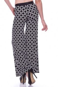 Love these black and white palazzo pants