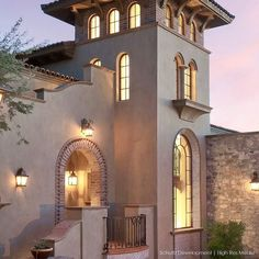 Plaster brick canterra and tile mix to create this spanish detailed entry by builder John Schultz Schultz Development.  @highresmedia  http://ift.tt/2x8XRHm
