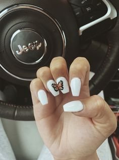 On average, the finger nails grow from 3 to millimeters per month. If it is difficult to change their growth rate, however, it is possible to cheat on their appearance and length through false nails. Simple Acrylic Nails, Summer Acrylic Nails, Best Acrylic Nails, Acrylic Nail Designs, Summer Nails, Teen Nail Designs, Star Nail Designs, Butterfly Nail Designs, Butterfly Nail Art