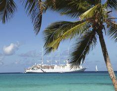 Bienvenue à bord de Club Med 2, pour une expérience unique alliant le confort d'un voilier intimiste et raffiné, dont chaque escale dans les îles des Caraïbes s'ouvre comme une porte sur le monde.