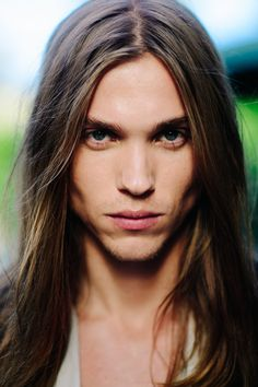 Emil Andersson (My current face claim for Laindawar)