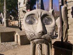 Other Visionary Art Environments - Philadelphia's Magic Gardens Howard Finster, Philadelphia Magic Gardens, Paradise Garden, Visionary Art, Outsider Art, Owl House, Mixed Media Art, Mount Rushmore, Sculptures