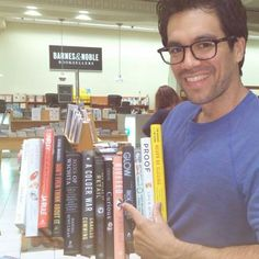 Tai Lopez reads a book per day. Awesome site for entrepreneurs, but also for those who strive for success