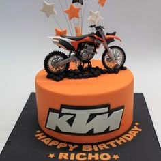 image title Motorcycle Birthday Cakes, Motorcycle Cake, Bolo Motocross, Motor Cake, Dirt Bike Cakes, Bike Birthday Parties, Cakes For Boys, Amazing Cakes, Cupcake Cakes